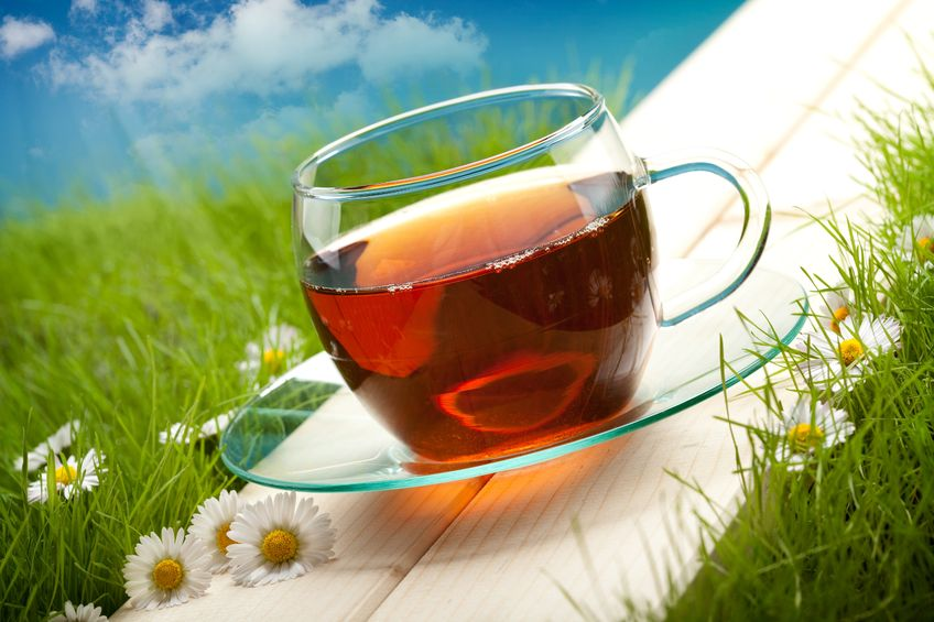 TO CAFFEINATE OR TO DECAFFEINATE? THAT IS THE QUESTION | Herbal Tea Spa